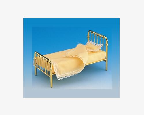 SALE価格!! Single bed, mattress & pillow シングルベッド、マットレス、枕