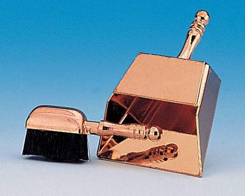 Dustspan & brush ちりとりとブラシ