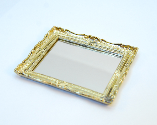 Baroque mirror, metal frame アンティークな鏡・バロックフレーム