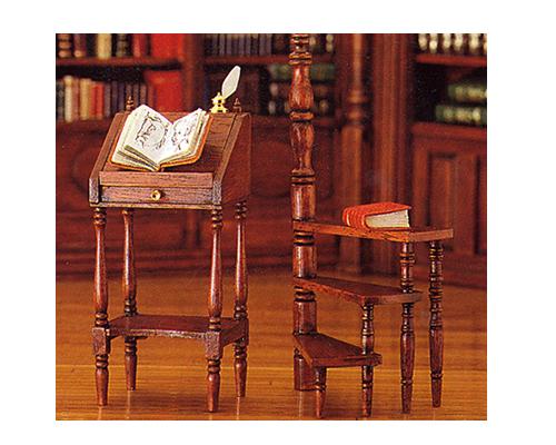 High writing desk &step-ladder ライティングデスクと踏み台